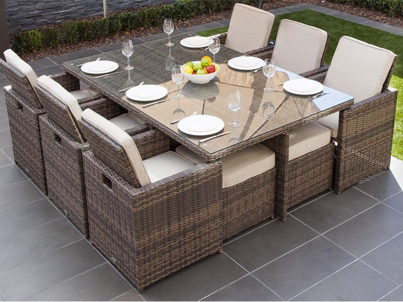 wicker outdoor dining furniture